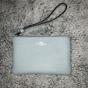 NWT AUTHENTIC Coach Leather Wristlet